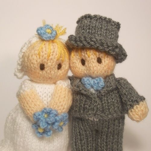 Makerist - Bride and Groom Bitsy Babies - Knitting Showcase - 3