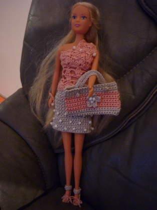 habits de barbie au crochet
