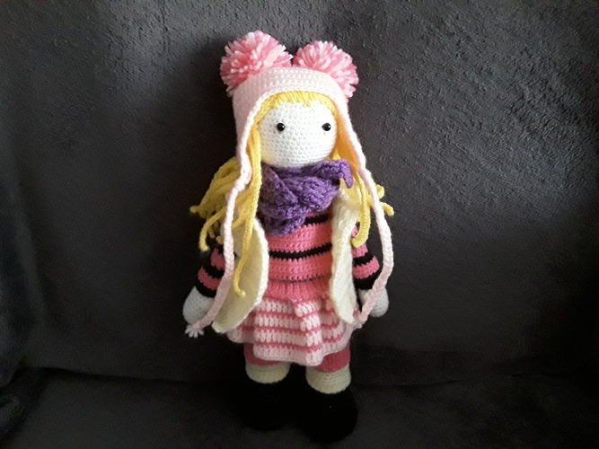 Makerist - lily rose, elle est faite en laine et en coton,elle est faite pour des enfants car les yeux sont sécuriser - Créations de crochet - 1