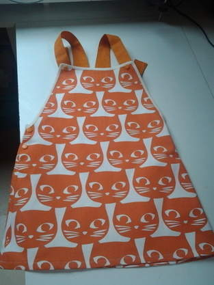 robe-chat, tissus en coton pour ma petite puce, taille 8ans