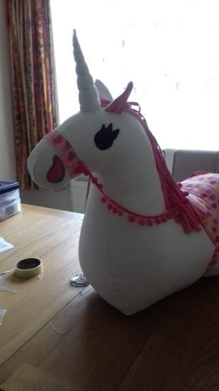 Makerist - Sit on horse transformed into a unicorn  - 1