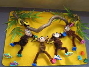 Die Affen sind los: Lustiges Bild fürs Kinderzimmer