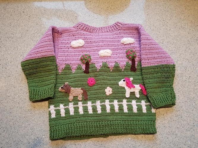 Makerist - Häkeljacke für Kleinkinder / Motiv Pferdekoppel - Häkelprojekte - 2