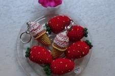 Makerist - Es ist wieder Erdbeer und Eiszeit  ;-) dazu ein Schwein Topflappen als Deko und Glücks bringer  - 1