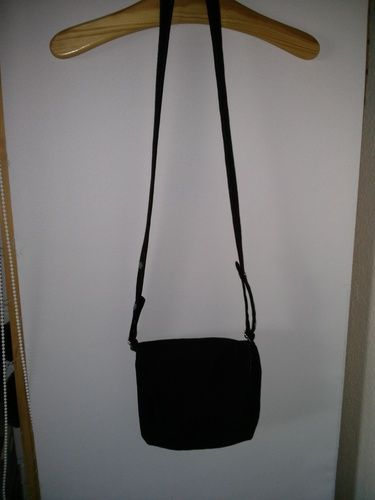Makerist - schwarze Tasche - Nähprojekte - 1
