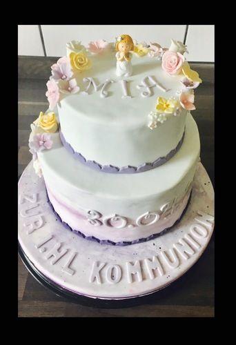 Makerist - Purple flowers - Torten, Cake Pops und Cupcakes - 1