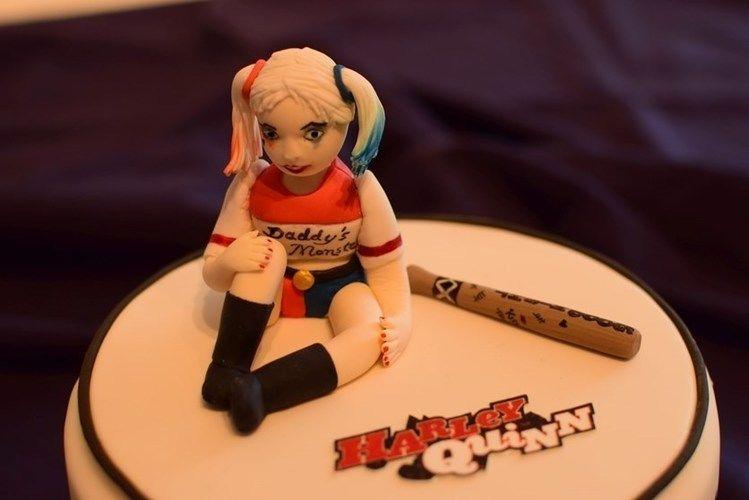 Makerist - Harley Quinn Torte - Torten, Cake Pops und Cupcakes - 3