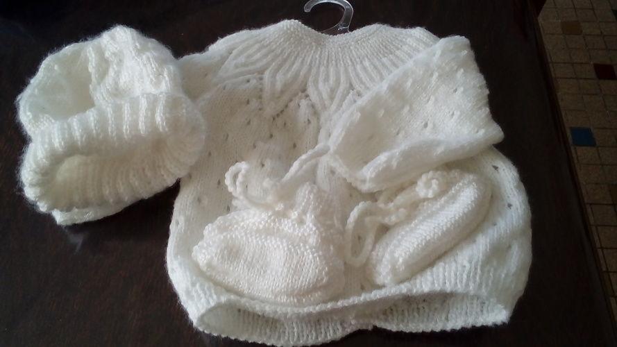 Makerist - brassière, chausson, bonnet en laine pour bébé - Créations de tricot - 3
