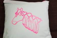 Makerist - Kissenhülle mit Plottetdatei von meiner Tochter gemahlt - 1