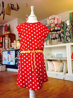 """Kleid """"Julie"""" für eine 4jährige!"""