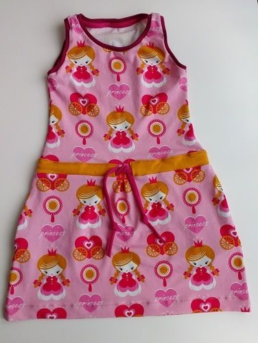 Makerist - Kid5 - Sporty Dress aus Princess-Jersey - Nähprojekte - 1