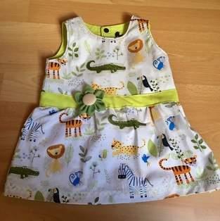 Sommerkleid im Safarilook