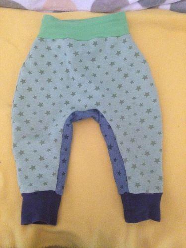 Makerist - Pumphose aus sweatshirtstoff mit Sternen in 86/92 - Nähprojekte - 1