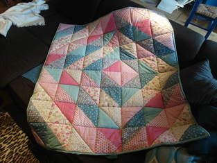 Makerist - Erste Quiltdecke für Omas Enkel - 1