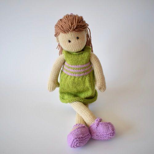 Makerist - Lily Doll - Knitting Showcase - 2