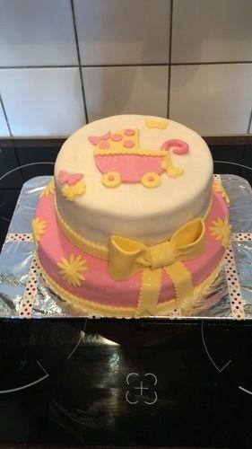 Makerist - Babyparty Torte - Torten, Cake Pops und Cupcakes - 1