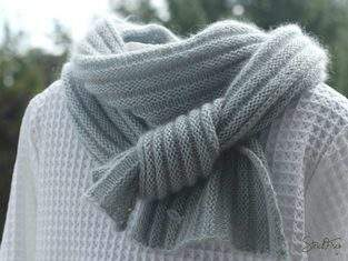 PIKOLI - klassisch, schlichter Schal aus rechten und linken Maschen