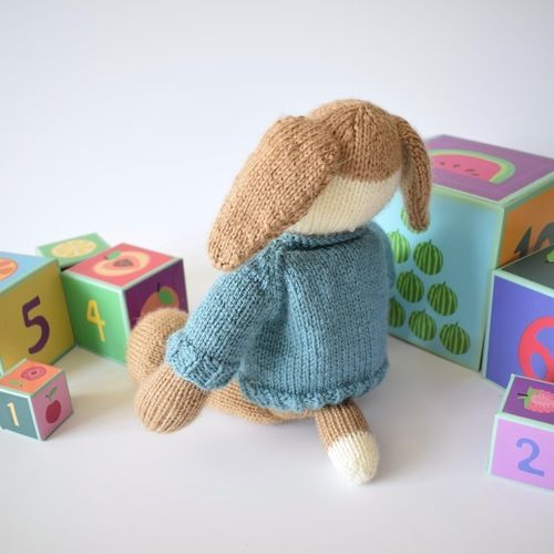 Makerist - Riley the Puppy - Knitting Showcase - 2