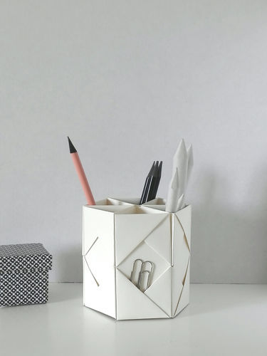 Makerist - FOLDED PEN HOLDER - DIY Showcase - 1