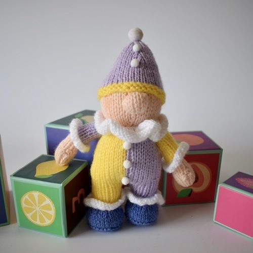 Makerist - Pompom the clown - Knitting Showcase - 2
