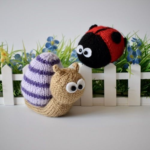 Makerist - Sammy Snail and Lil Ladybug - Knitting Showcase - 1