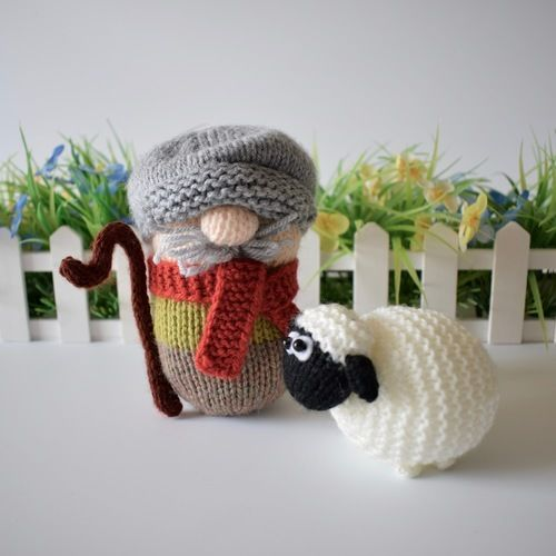 Makerist - Farmer Drabble - Knitting Showcase - 2