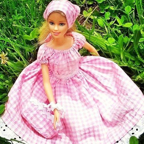 Makerist - Robe BB pour poupée Barbie - Créations de couture - 1