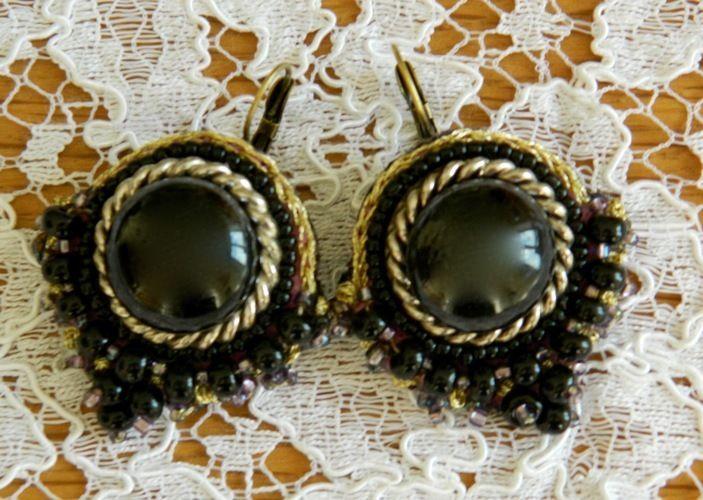 Makerist - Boucles d'oreilles brodées main - Autres créations - 1