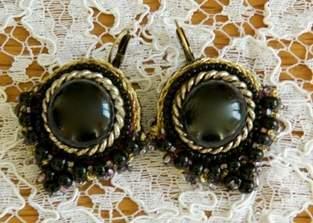 Makerist - Boucles d'oreilles brodées main - 1
