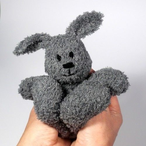 Makerist - Little Cuddle Bunny - Knitting Showcase - 1