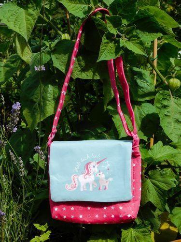 Makerist - Eine Einhorntasche für den Einhornfan - Nähprojekte - 1