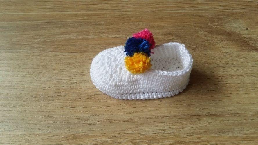 Makerist - Chaussons bébé 3 pompons - 0/3mois - Créations de crochet - 3