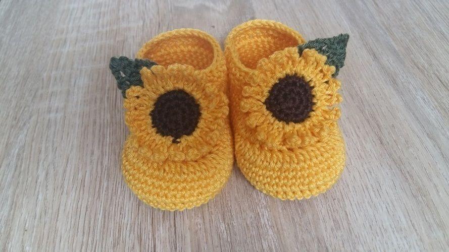 Makerist - Chaussons tournesols - taille 0/3 mois - Créations de crochet - 1