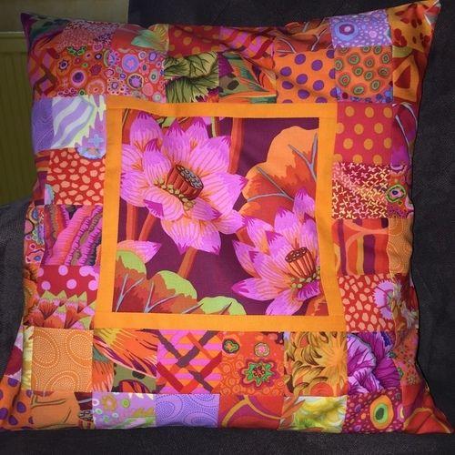 Makerist - Kissen aus K. Fassett-Stoffen - Patchwork-Projekte - 1