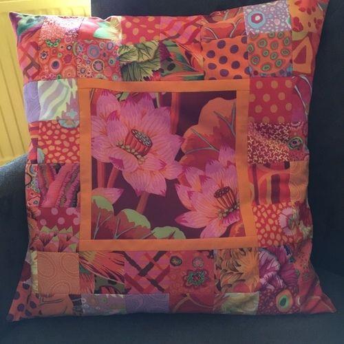 Makerist - Kissen aus K. Fassett-Stoffen - Patchwork-Projekte - 2