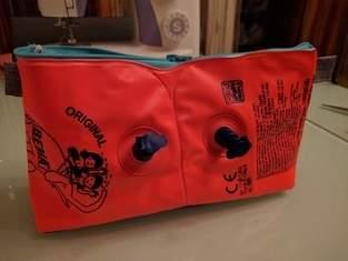 Schwimmflügel Tasche als kleine Wickeltasche für unterwegs