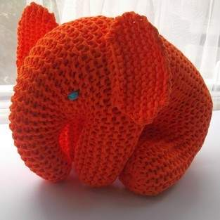Makerist - Big Orange Elephant - 1