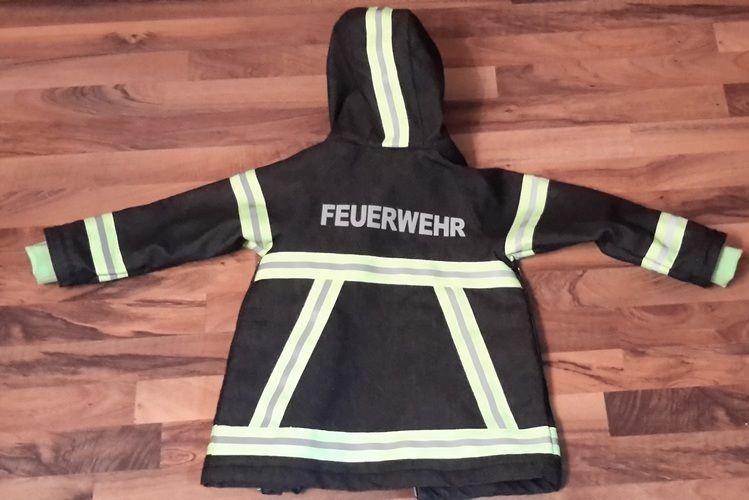 Makerist - Feuerwehr - Jacke für den Übergang Gr. 122 - Nähprojekte - 2