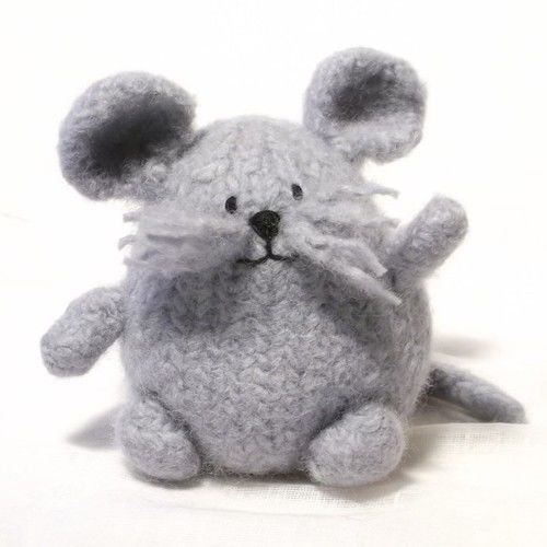 Makerist - Little Mouse - Knitting Showcase - 1