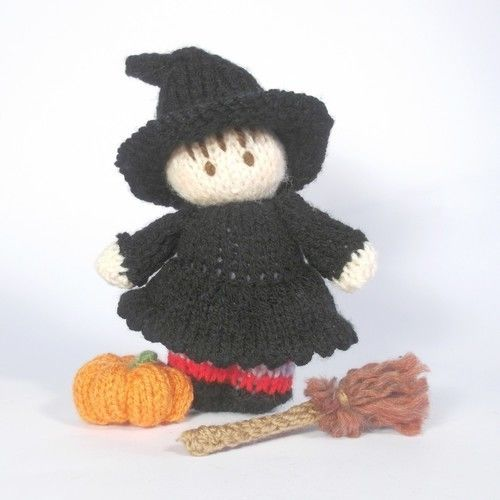 Makerist - Halloween Witch Bitsy Baby - Knitting Showcase - 1
