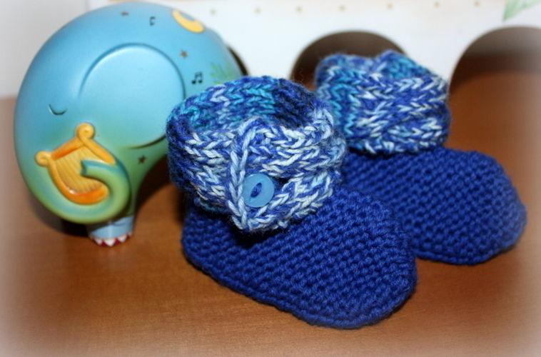Makerist - Babyschuhe mit Zopf - Strickprojekte - 1