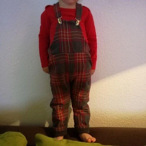Makerist - die erste selbstgenähte latzhose - Nähprojekte - 1