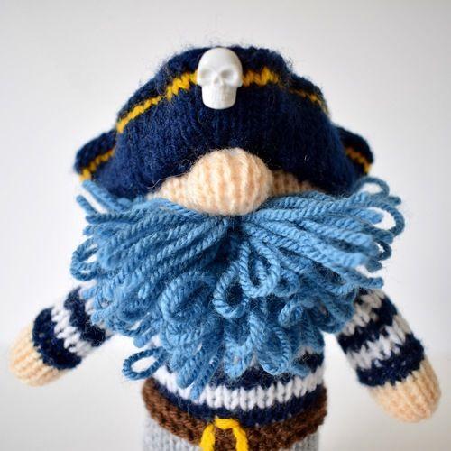 Makerist - Captain Bluebeard - Knitting Showcase - 2