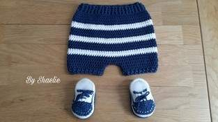 Makerist - Ensemble short et chaussons style marin - 1