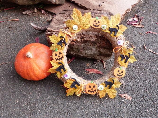 Makerist - couronne Halloween - Autres créations - 1