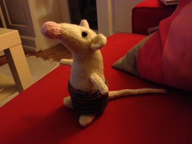 Makerist - Ellie die kleine Ratte - Strickprojekte - 1
