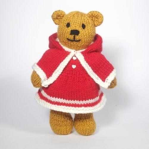 Makerist - Christmas Bitsy Teddy - Knitting Showcase - 1