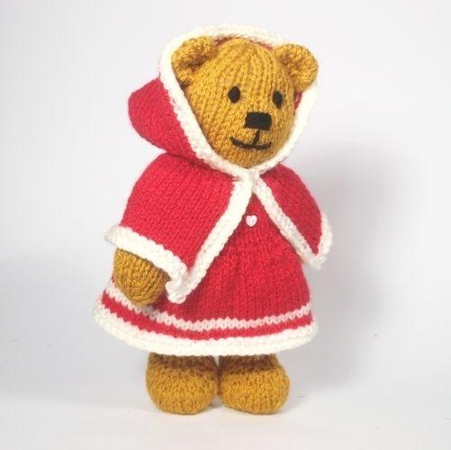 Makerist - Christmas Bitsy Teddy - Knitting Showcase - 2