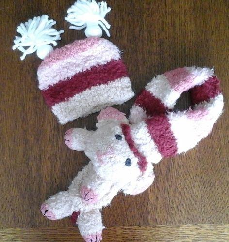 Makerist - Poncho bonnet et écharpe mouton en laine neige.  - Créations de tricot - 1
