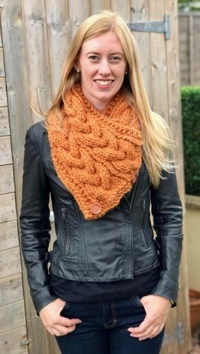 Makerist - Eirene Cable Neck Warmer - Knitting Showcase - 1